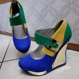 ALBA Colorblock Strap Wedge Heels w Gold Hardware
